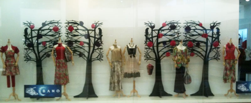 Bano-tree-window
